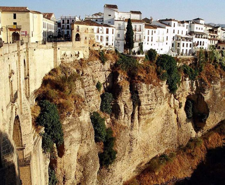Day trip from Jerez to White Villages (Ronda, Arcos..)