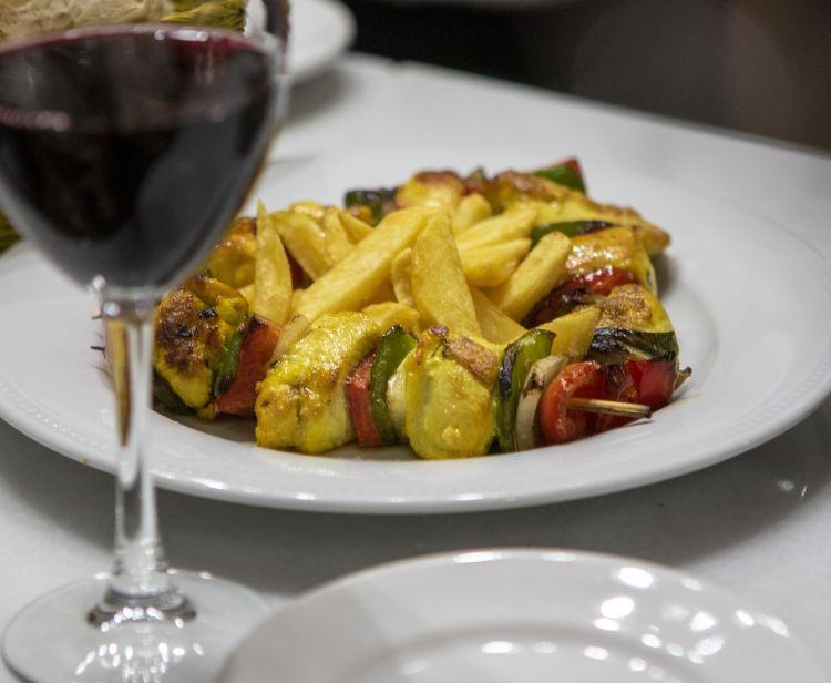 Tapas & wine tasting tour Seville