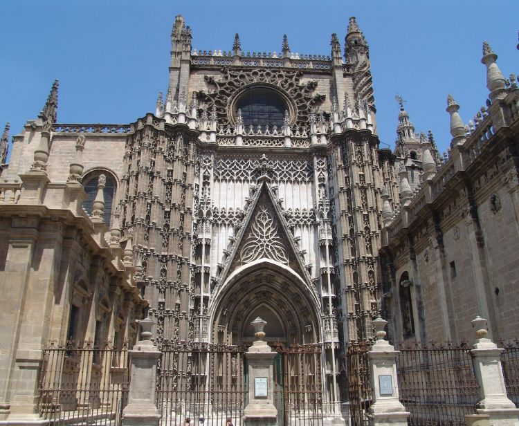 Catedral Tour + Flamenco Show